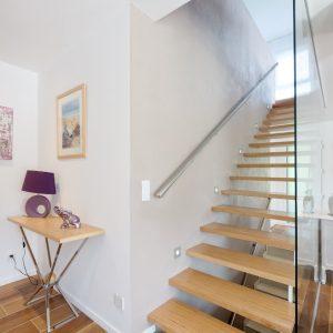 Construction à toit plat - escalier