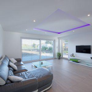 Construction à toit plat - salon et terrasse